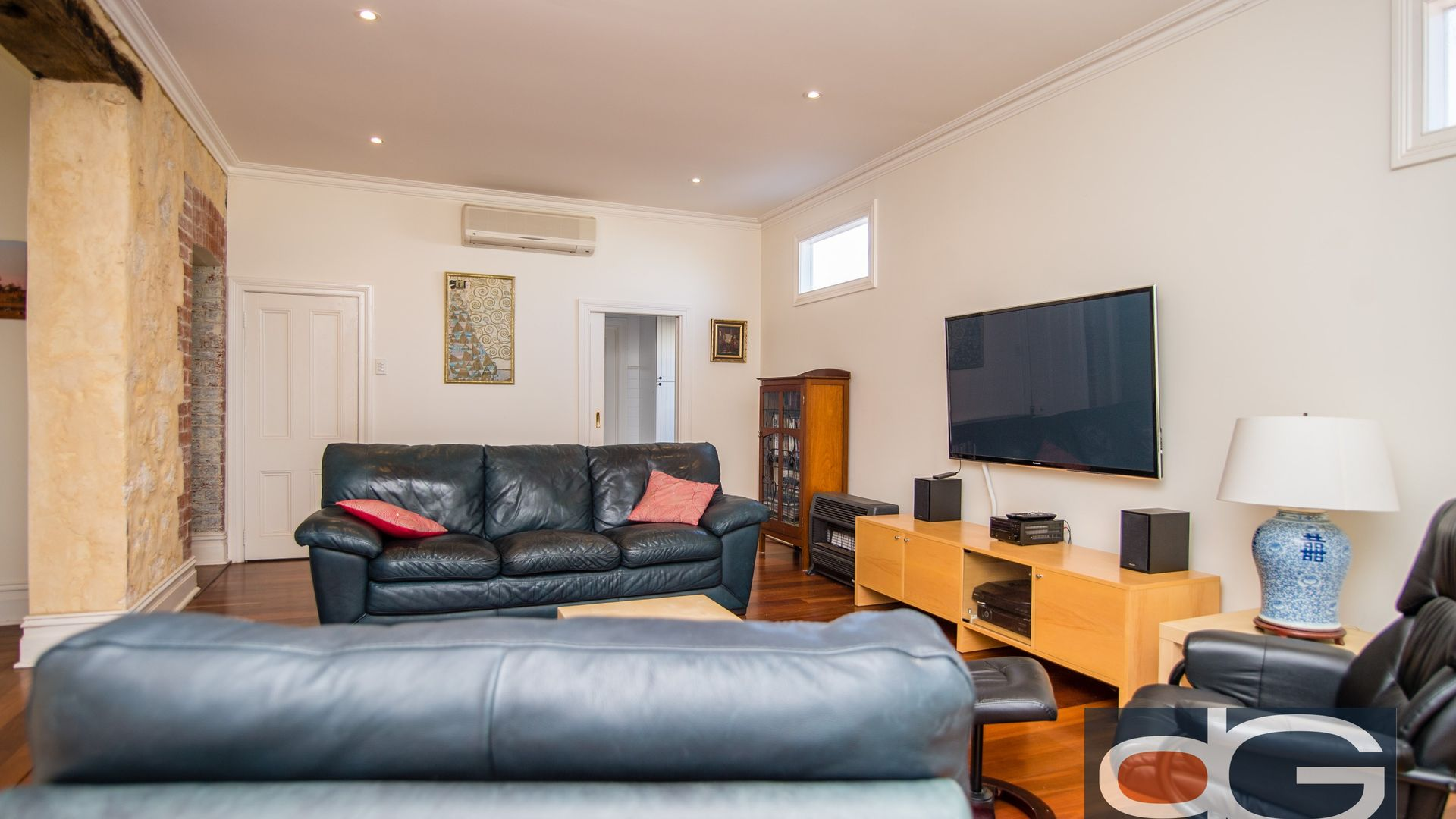 169 Forrest Street, Fremantle WA 6160, Image 2