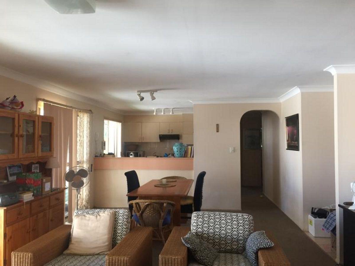 2/19 Eurimbula Court, Paradise Point QLD 4216, Image 1