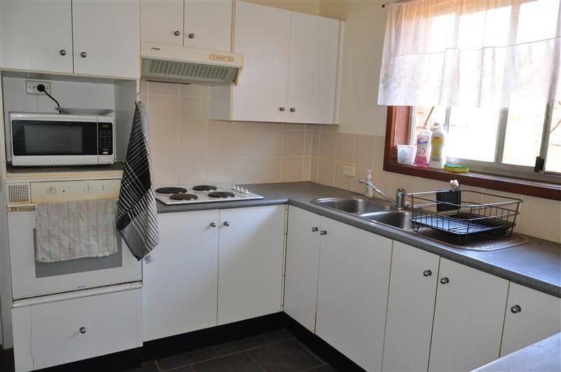 28 Coolabah Street, Forbes NSW 2871, Image 1