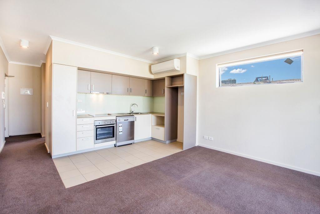 50 Baildon Street, Kangaroo Point QLD 4169, Image 2