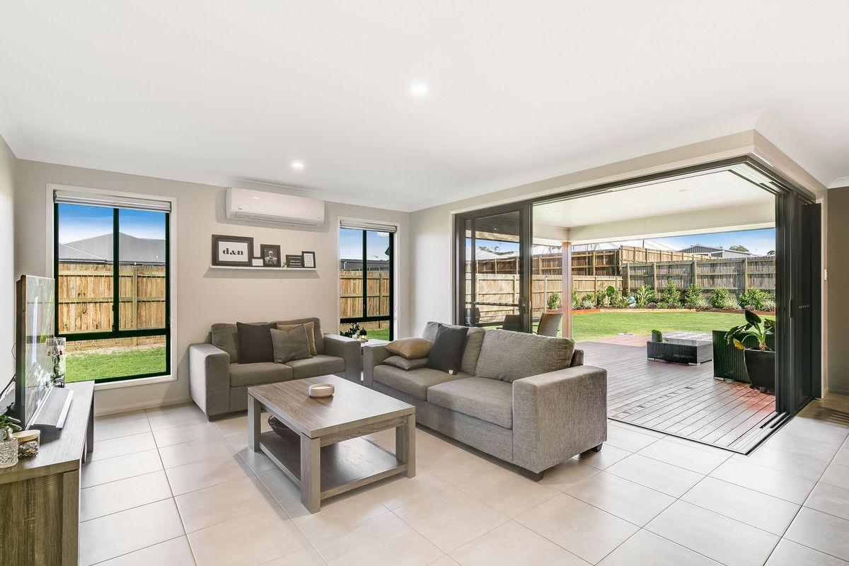 112 Shoesmith Road, Westbrook QLD 4350, Image 2