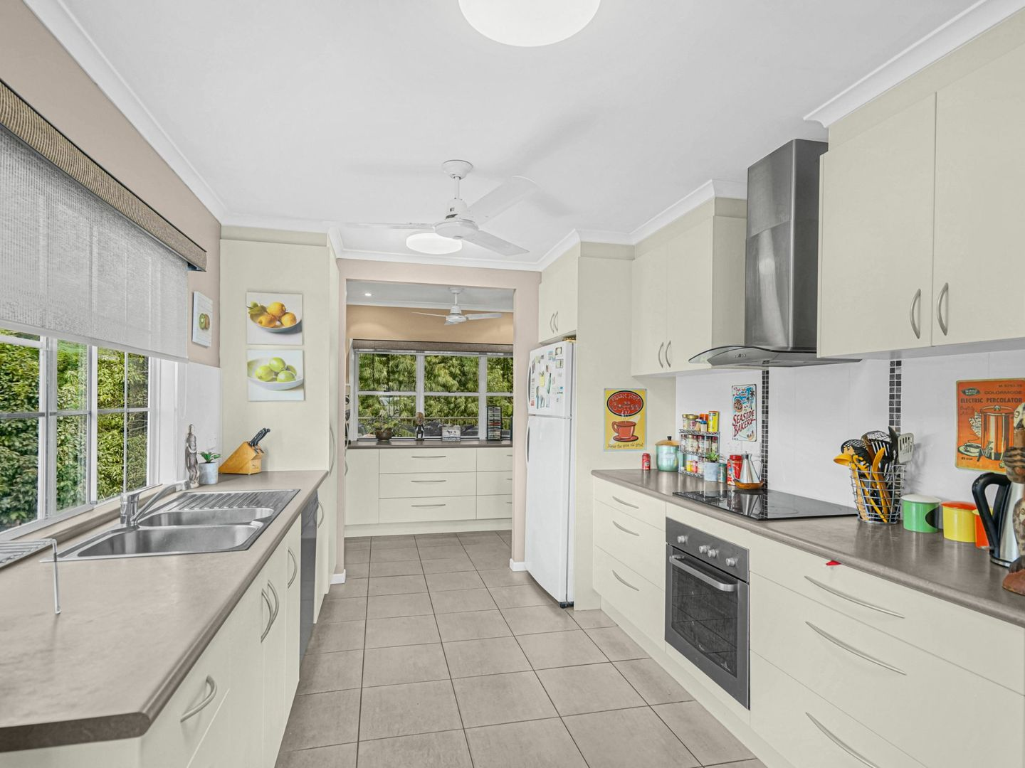 233 Toogood Road, Bayview Heights QLD 4868, Image 2