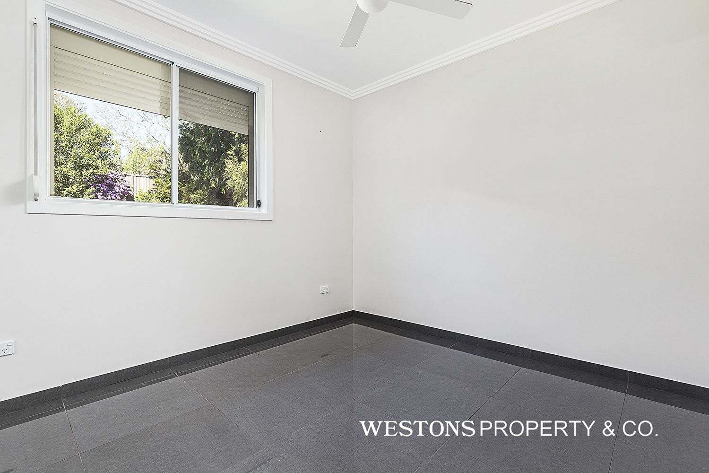 37a Murrills Crescent, Baulkham Hills NSW 2153, Image 2