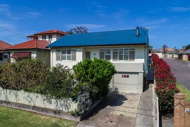 Picture of 30 Kenibea Avenue, KAHIBAH NSW 2290