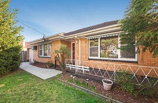 Picture of 1/1 Waratah Avenue, Glen Huntly VIC 3163