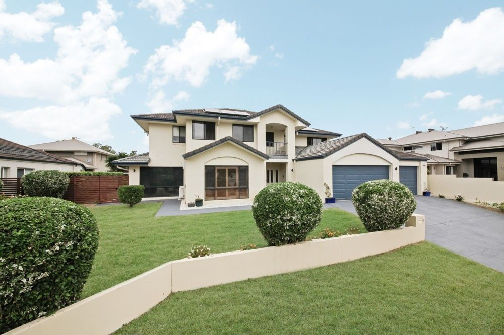 11 Oltrarno Place, Bridgeman Downs QLD 4035, Image 1