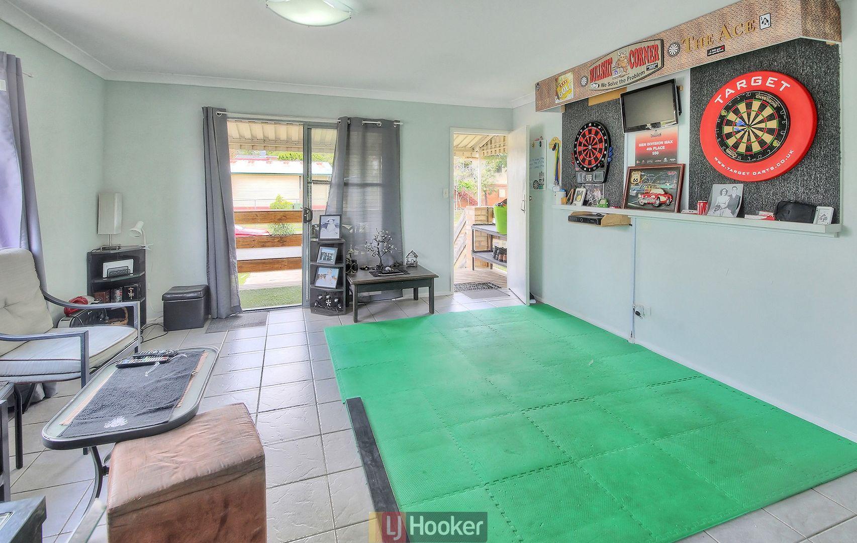 42 Elm Avenue, Woodridge QLD 4114, Image 2