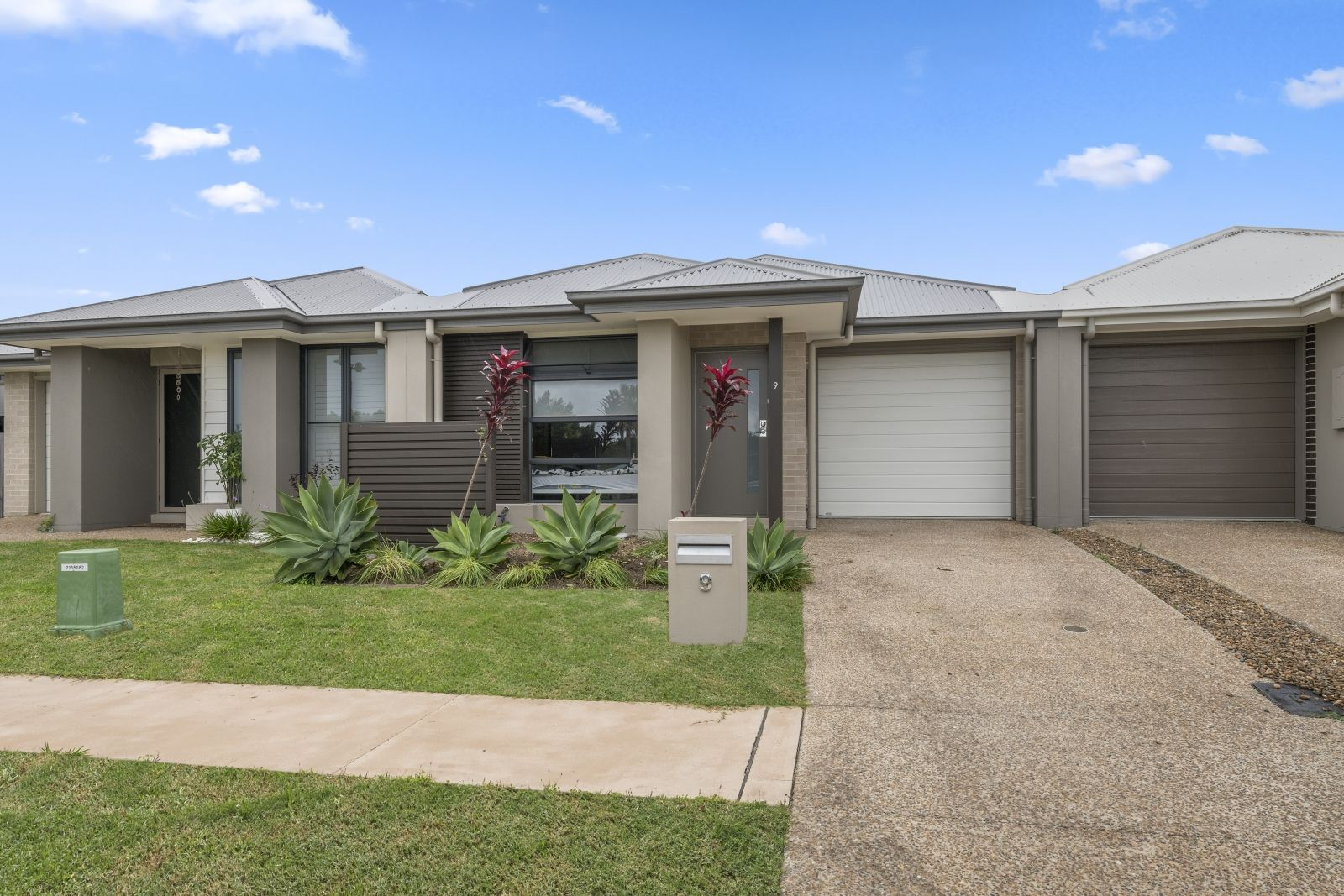 9 Violet Street, Caloundra West QLD 4551, Image 1