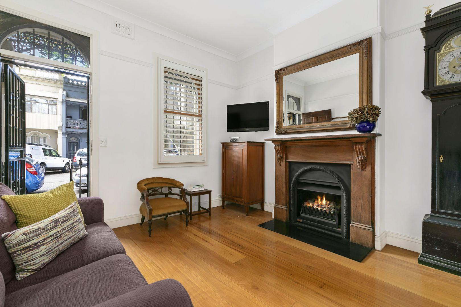 13 Napier Street, Paddington NSW 2021, Image 2