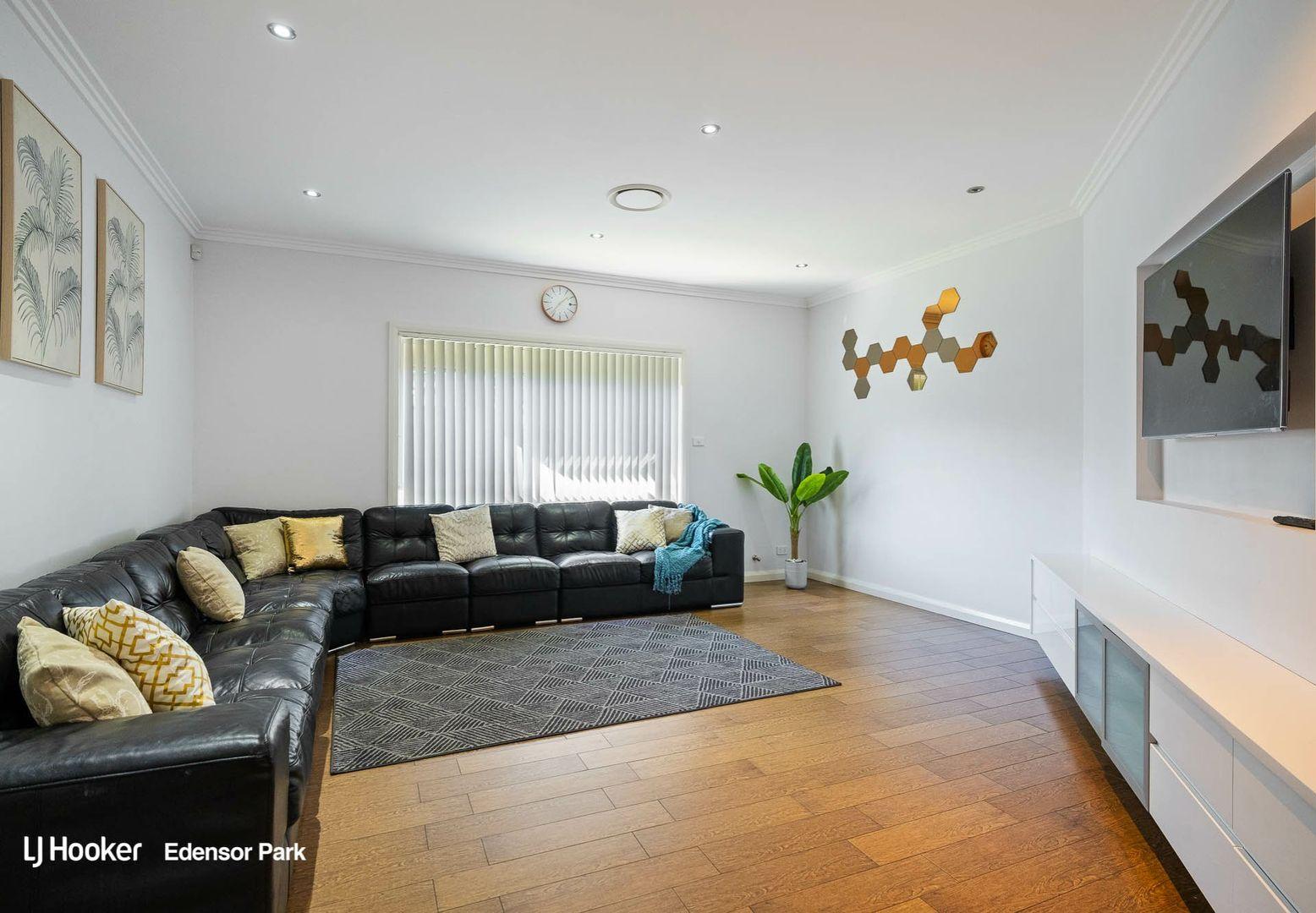 52 Runcorn Street, St Johns Park NSW 2176, Image 1