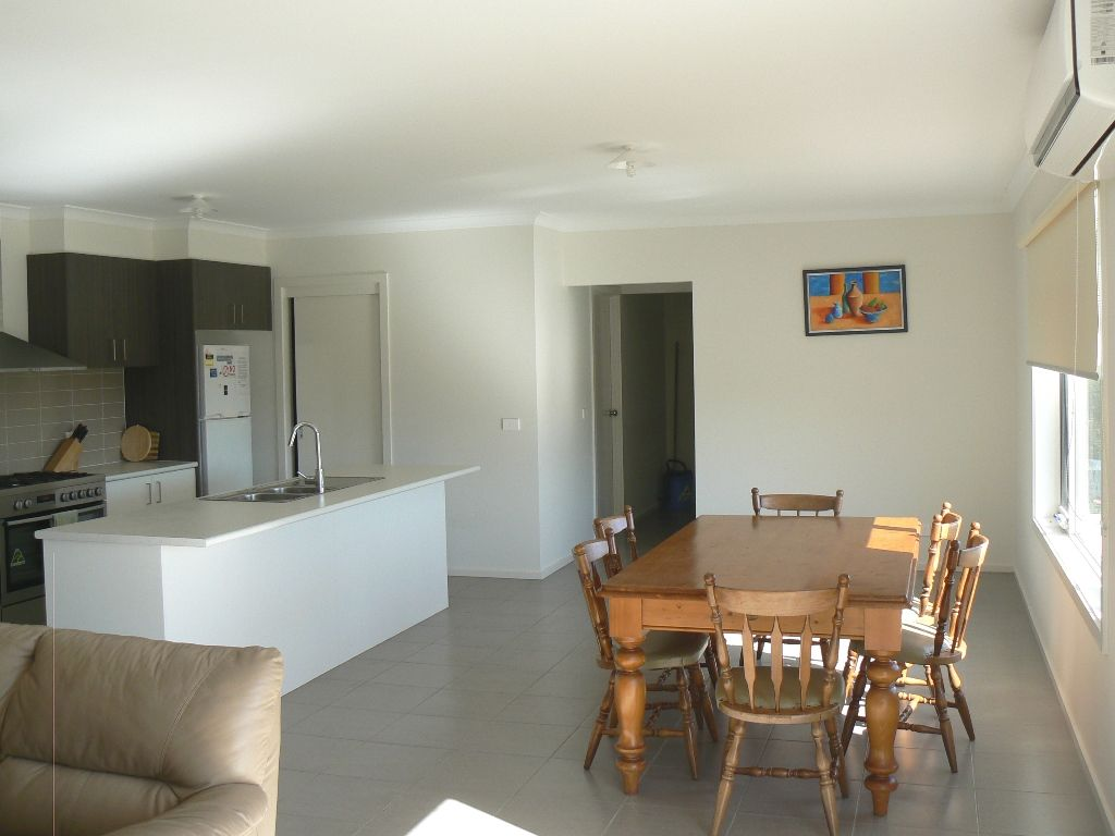 10 Barton Place, Marengo VIC 3233, Image 1