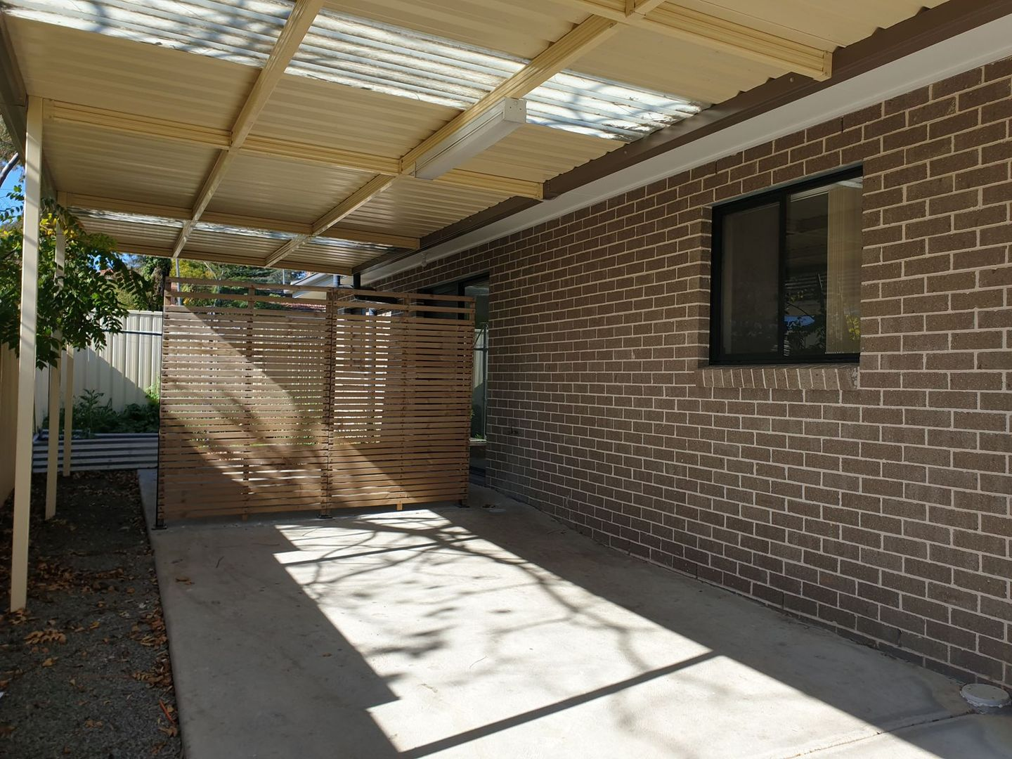 2A Larien Crescent, Birrong NSW 2143, Image 0