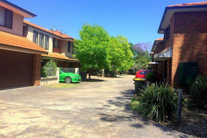 2/42 MULGOA Road, PENRITH NSW 2750