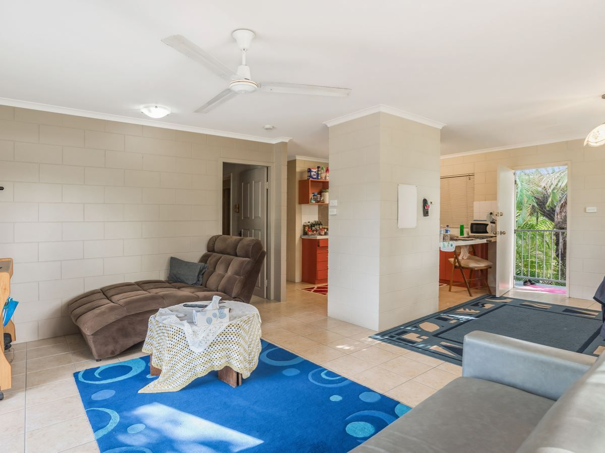 8/101 Mann Street, Westcourt QLD 4870, Image 1