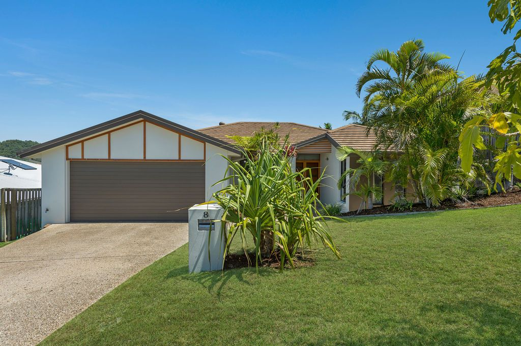 8 Minyon Court, Pacific Pines QLD 4211, Image 0
