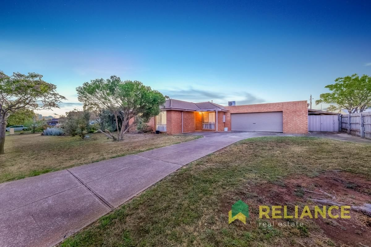 18 Mark Place, Melton West VIC 3337, Image 1