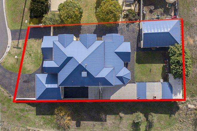 Picture of 13 Manallack Street, GOLDEN SQUARE VIC 3555