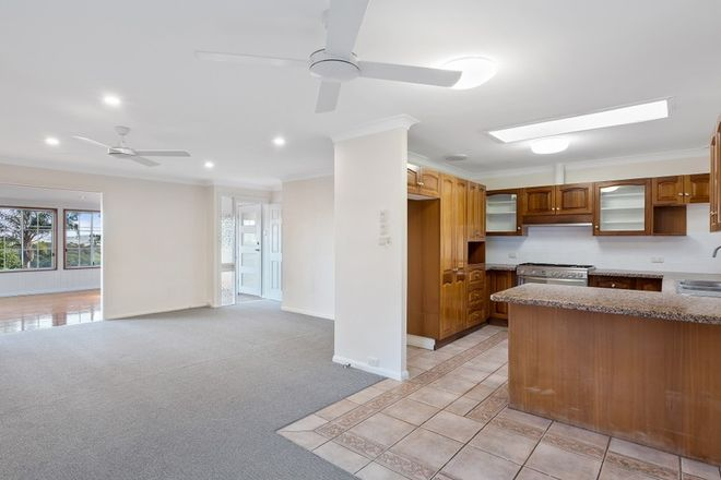 Picture of 16 Valley View Road, BATEAU BAY NSW 2261