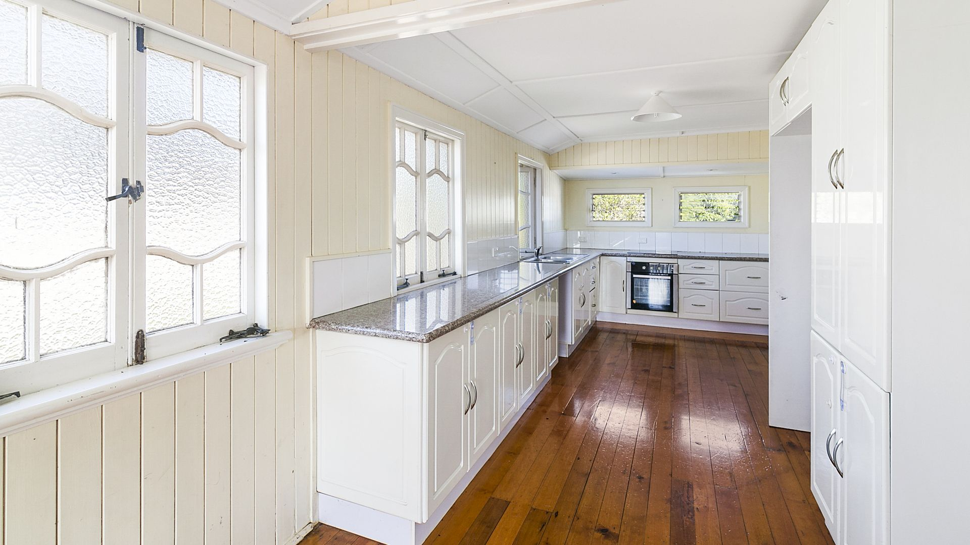112 John St, Rosewood QLD 4340, Image 2