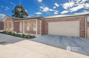 Picture of 2/290 Humffray Street North, Brown Hill VIC 3350