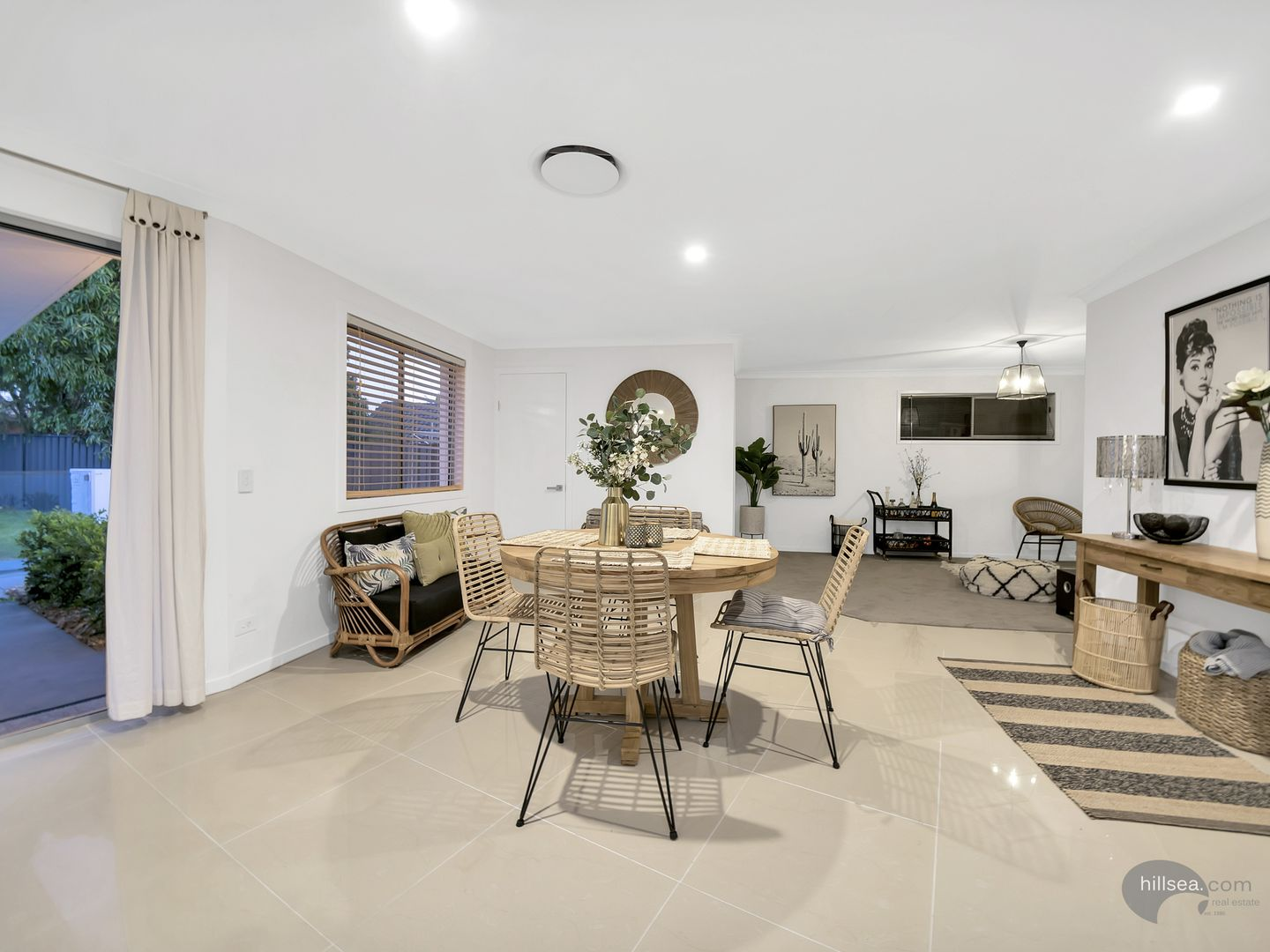 105 Oxley Drive, Paradise Point QLD 4216, Image 2