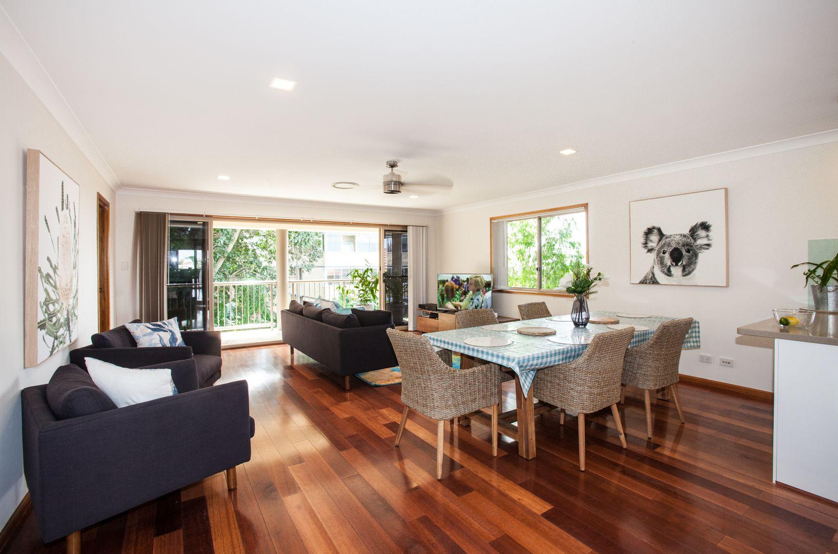12 Whyenbah Street, Hamilton QLD 4007, Image 2