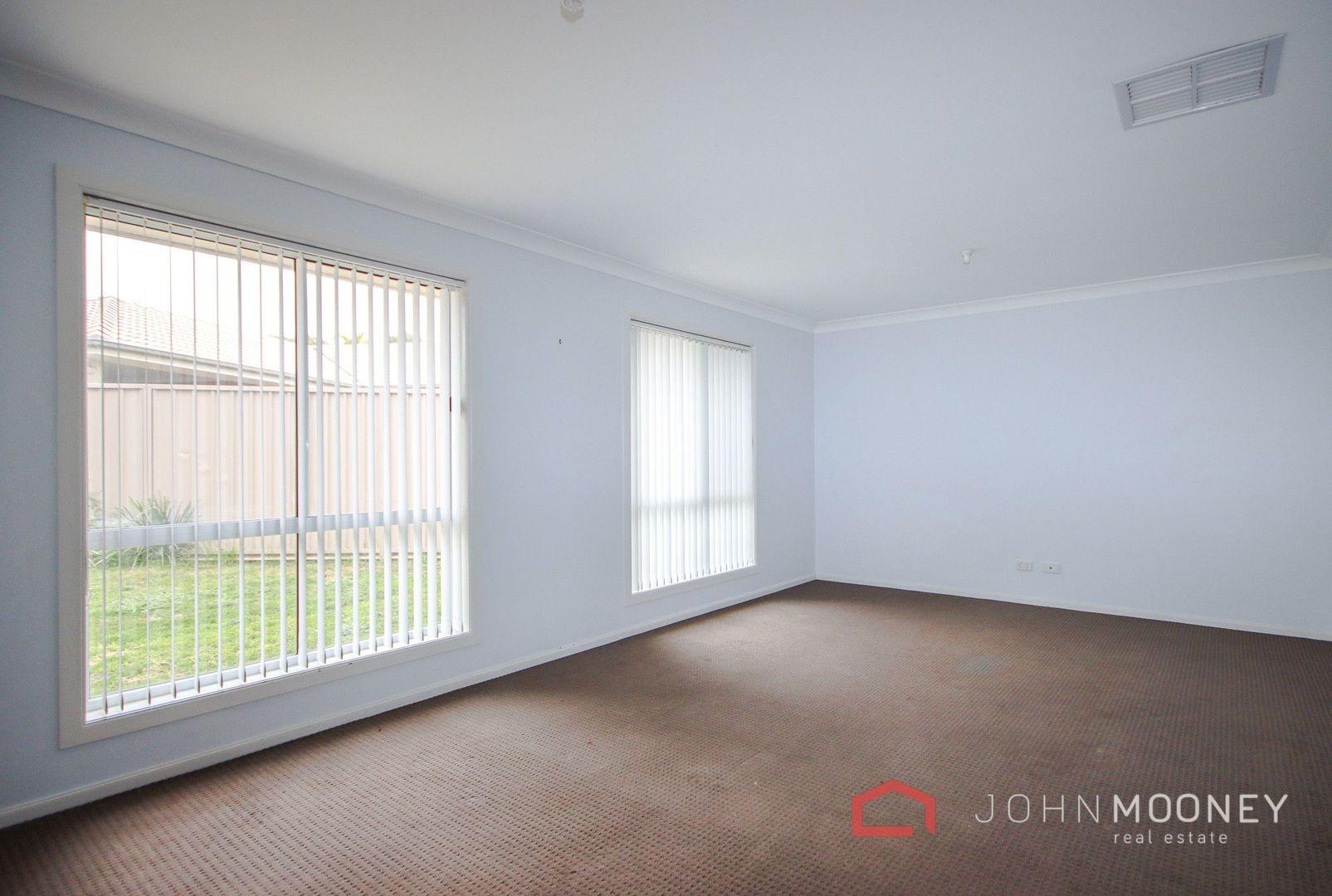 1A Grinton Avenue, Ashmont NSW 2650, Image 2