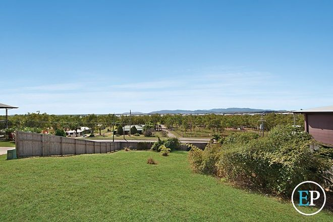 Picture of 16 Palomar Court, MOUNT LOUISA QLD 4814