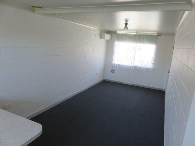 4/195 Plummer Street, Albury NSW 2640, Image 2