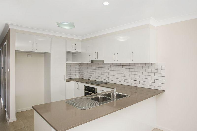 2/11 Clipstone Close, Port Macquarie NSW 2444, Image 0
