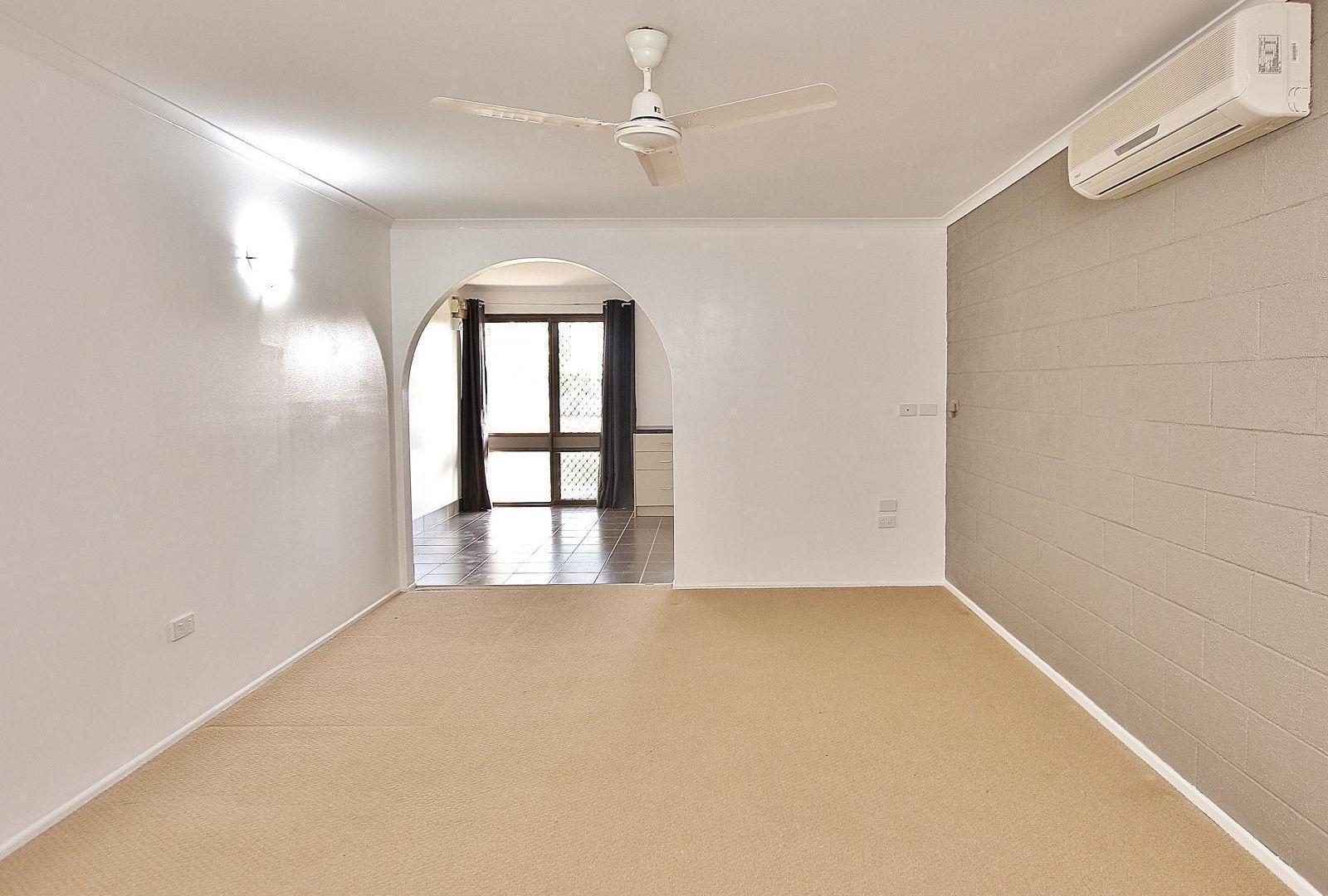 5/322 Warnock Street, Koongal QLD 4701, Image 1