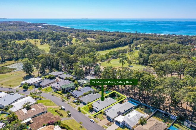 Picture of 22 Mariner Drive, SAFETY BEACH NSW 2456