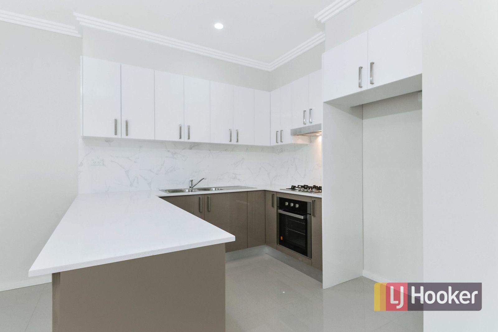 2/48 Mountford Ave, Guildford NSW 2161, Image 1