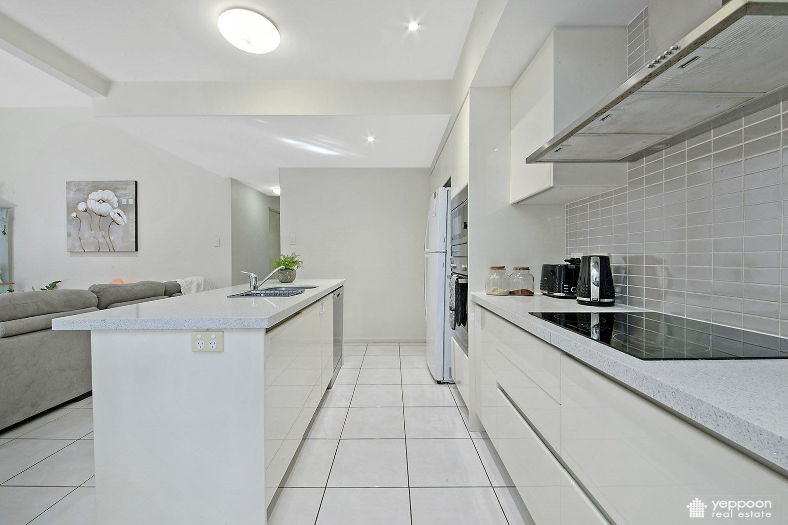 2/20 Melbourne Street, Yeppoon QLD 4703, Image 0