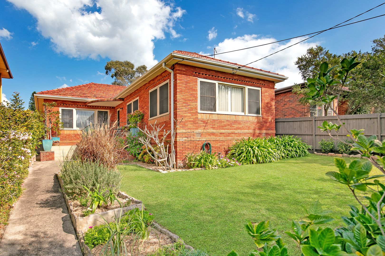 37 Frenchs Forest  Road, Seaforth NSW 2092, Image 0