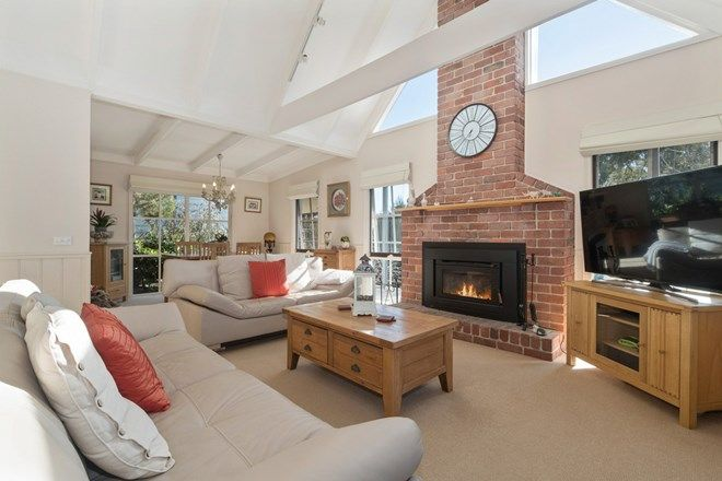 Picture of 36 Mountain View Road, MOUNT ELIZA VIC 3930