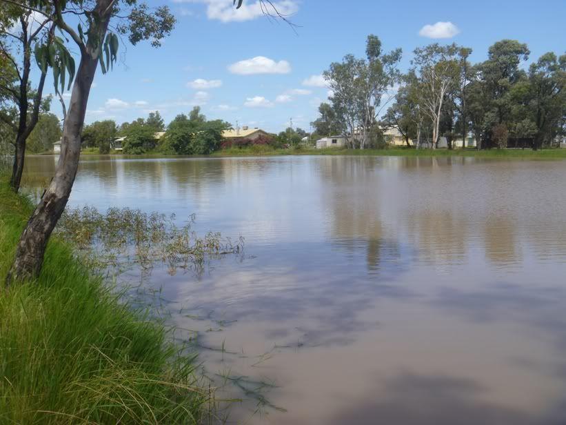 120 Rocky Crescent, Weranga QLD 4405, Image 2