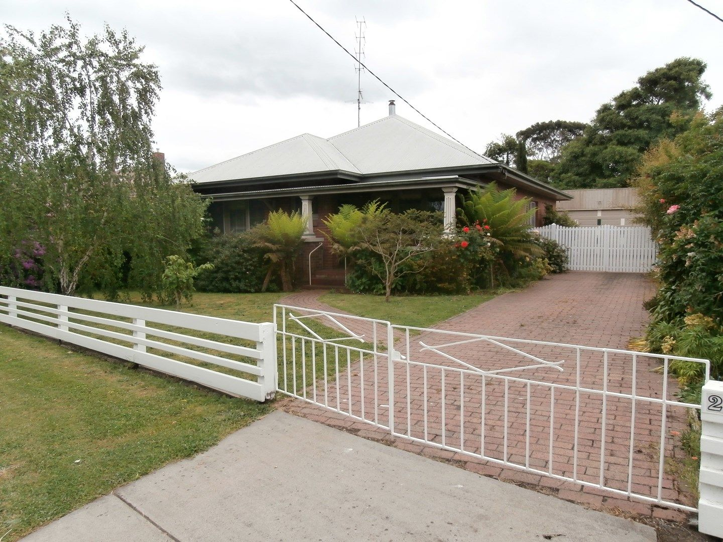 29 Moore Street, Colac VIC 3250, Image 0