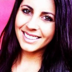 Alana Taylor, Sales representative