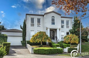 Picture of 4 Camdon Gardens, Berwick VIC 3806