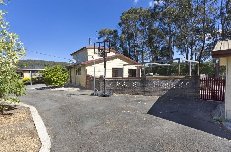 31 Crowther Street, Beaconsfield TAS 7270, Image 1