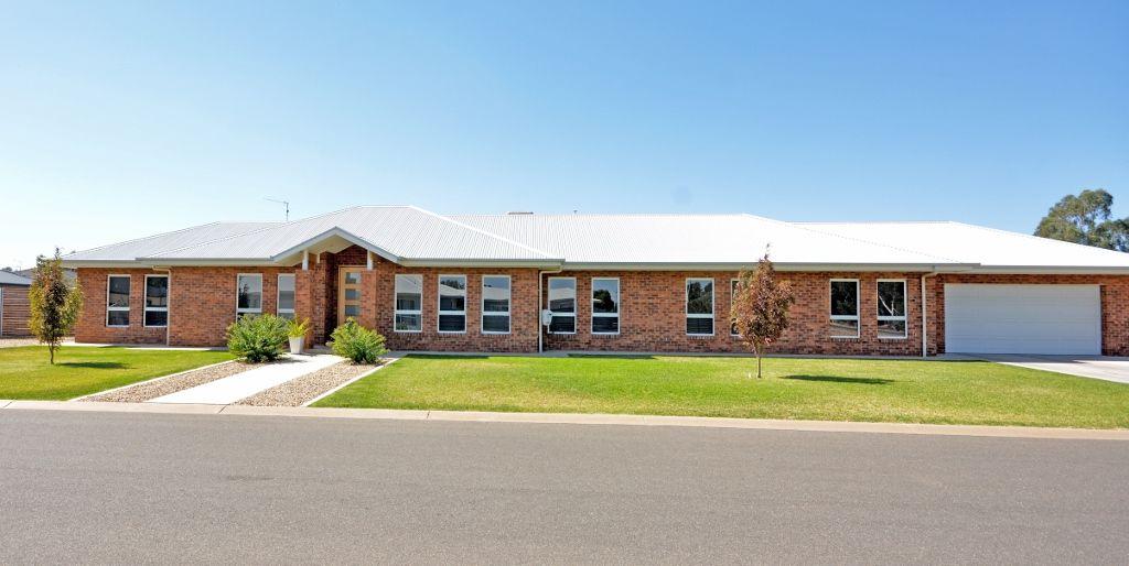 17 Ellendon Place, Leeton NSW 2705, Image 2