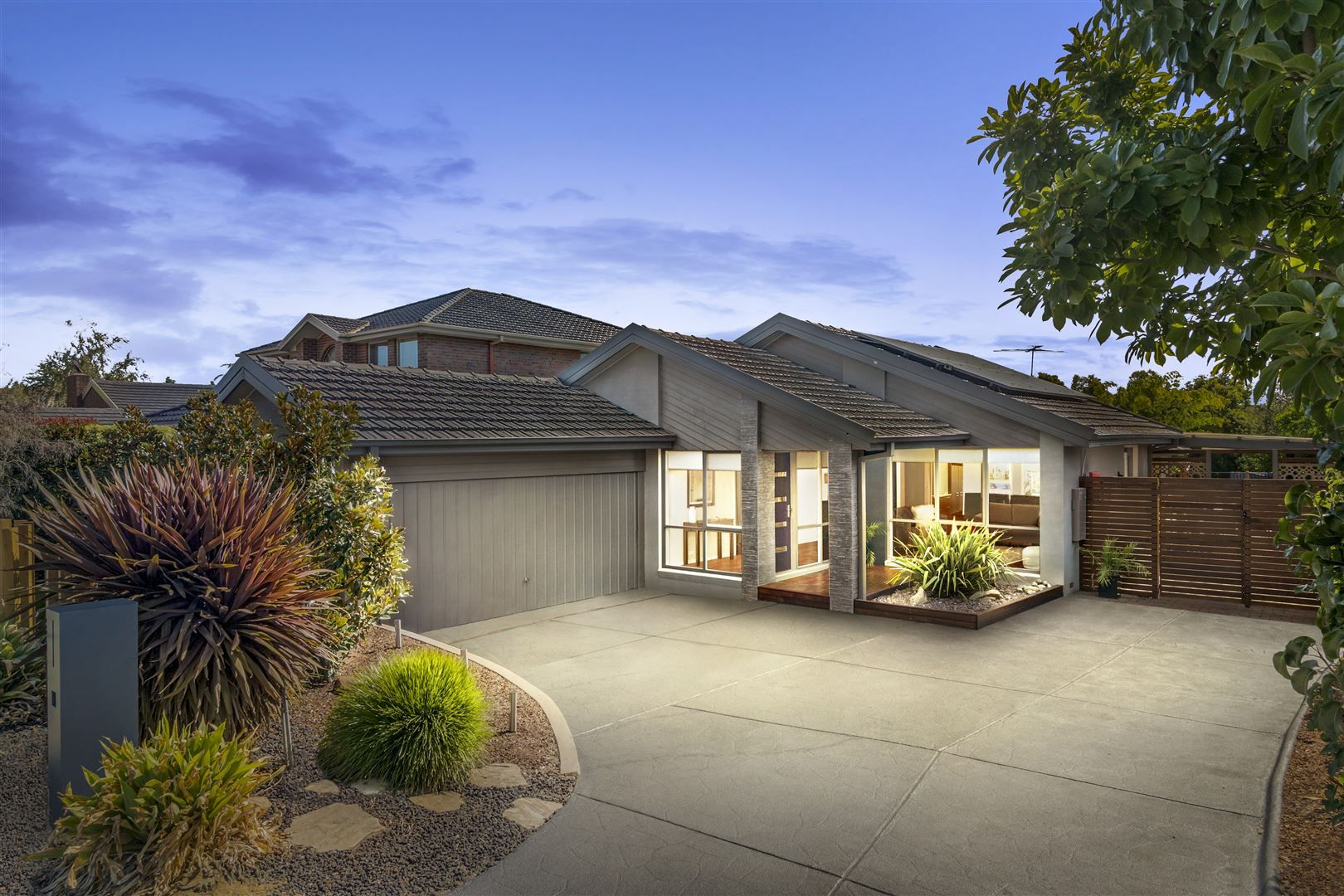 25 Jessica Close, Wantirna South VIC 3152, Image 0