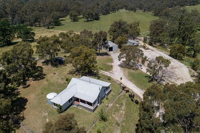 Picture of 438 Dore Road, NAR NAR GOON VIC 3812
