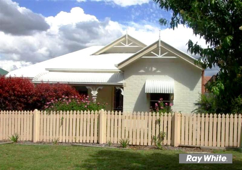9 Purdie Place, Forest Lake QLD 4078, Image 1