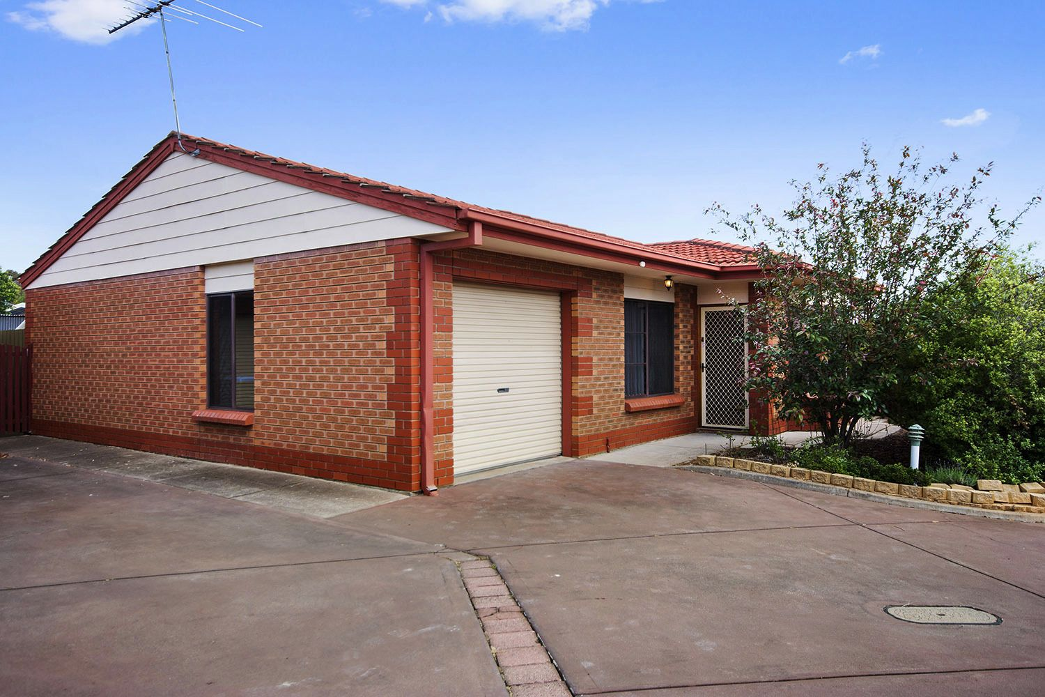 Unit 4/35A Hoods Rd, Northfield SA 5085, Image 0