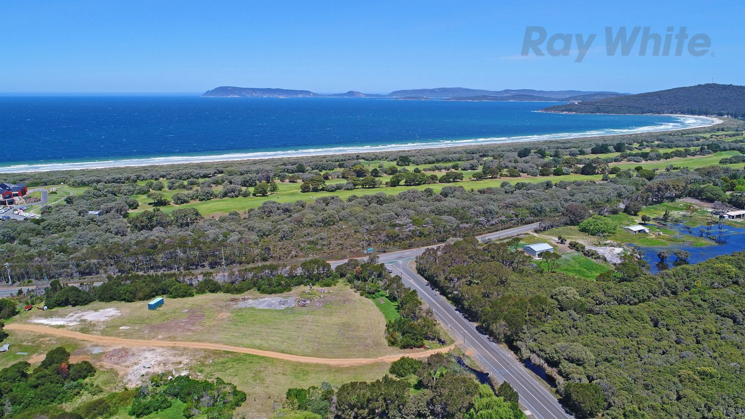 215 Emu Point Drive, Collingwood Park WA 6330, Image 2
