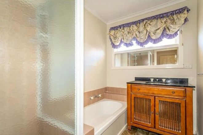 Picture of 697 Stud Road, SCORESBY VIC 3179