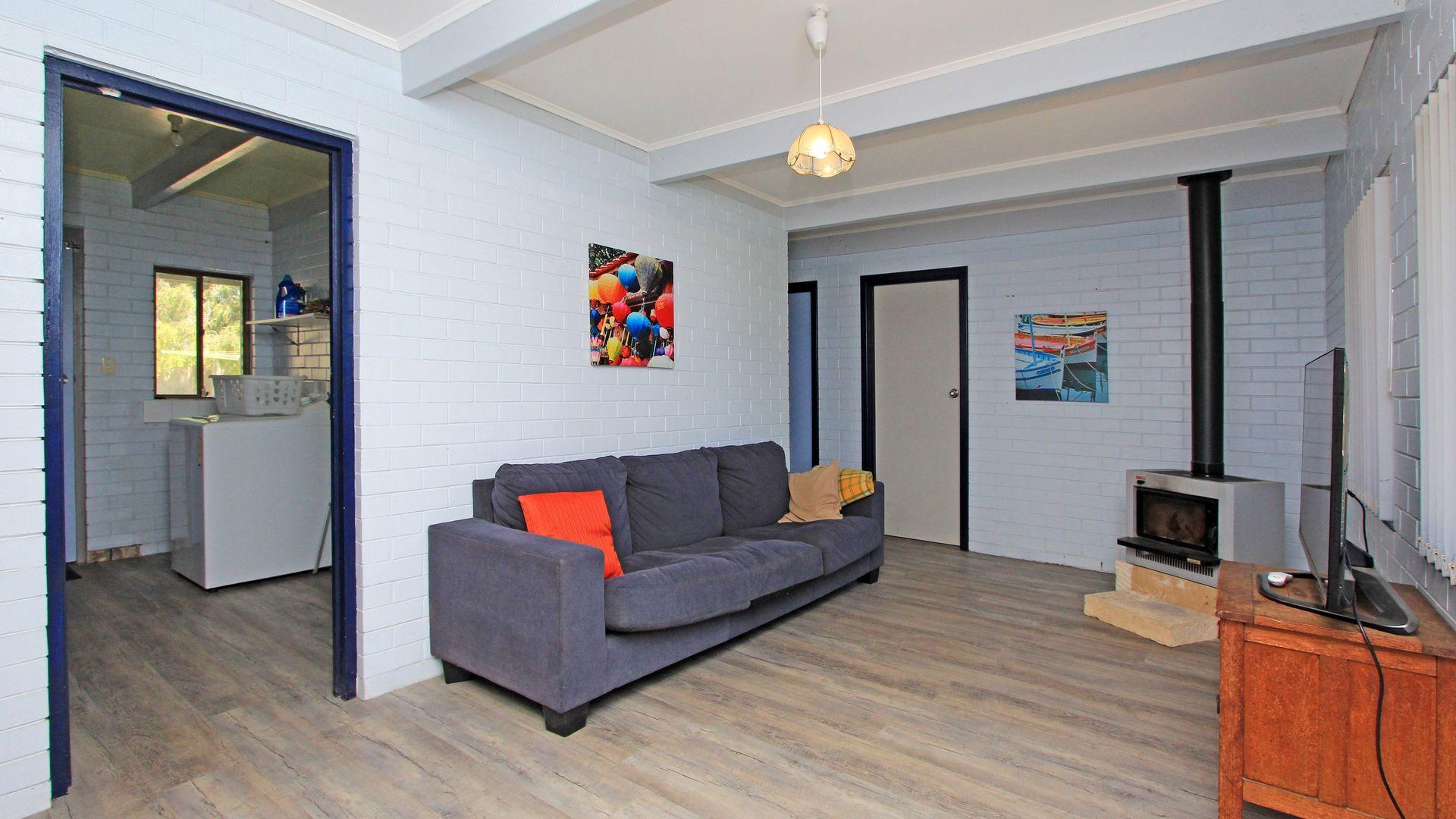 20 Dalton Street, Jurien Bay WA 6516, Image 2