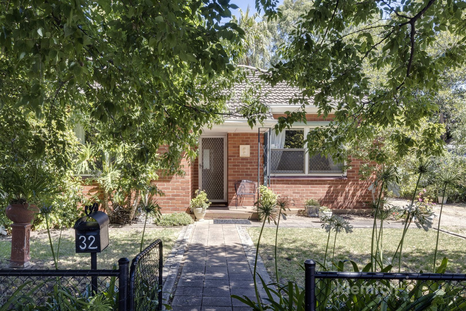 32 Tenth Avenue, St Peters SA 5069, Image 0